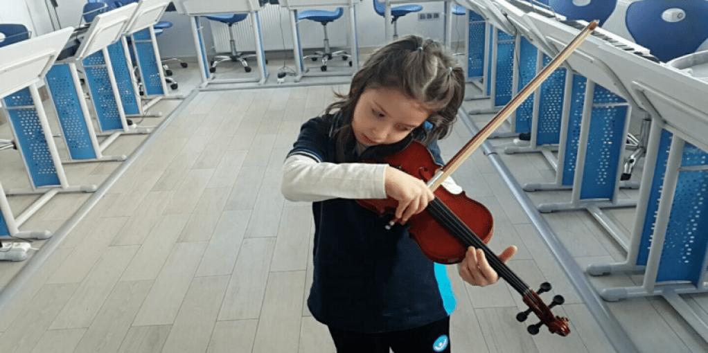 Müziğin Çocuklar Üzerindeki Önemli ve İnanılmaz Faydaları | İyi D...