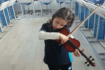 Müziğin Çocuklar Üzerindeki Önemli ve İnanılmaz Faydaları   İyi D...