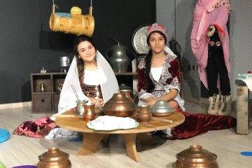 İyi Dersler Okulları Türk Kültürünü Yaşıyor ve Yaşatıyor | İyi De...
