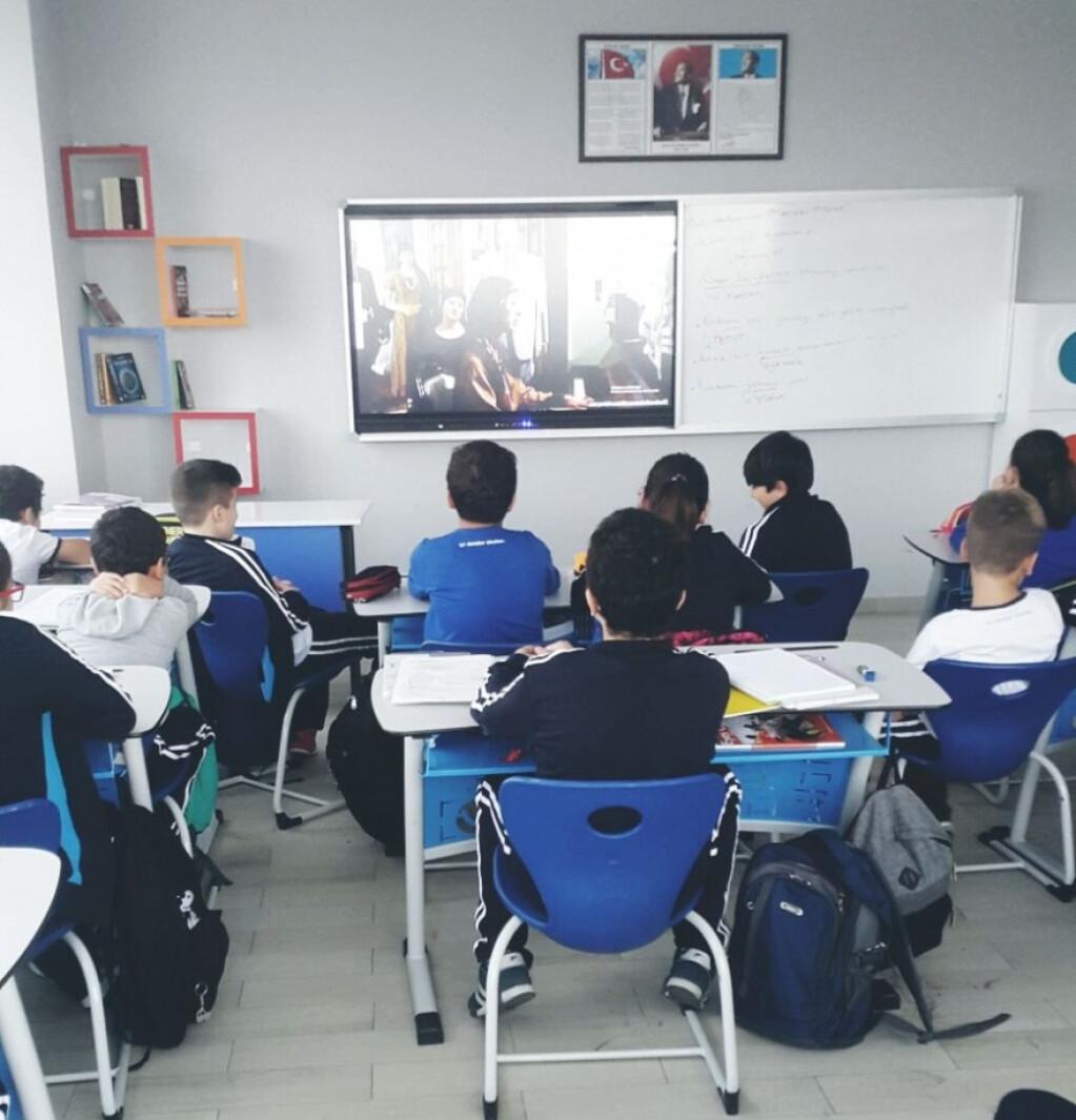 Cumhuriyet Filmi | İstanbul Pendik İlkokulu ve Ortaokulu | Özel O...