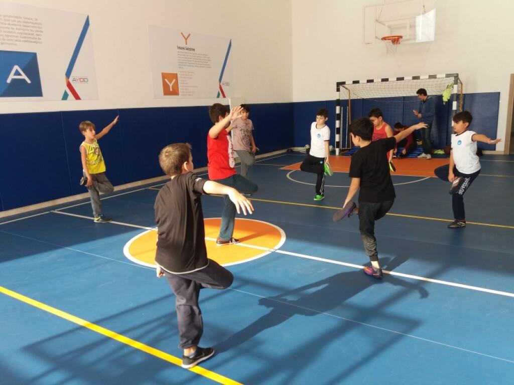5. ve 6. Sınıf Futsal ( Salon Futbolu )   İstanbul Pendik İlkokul...