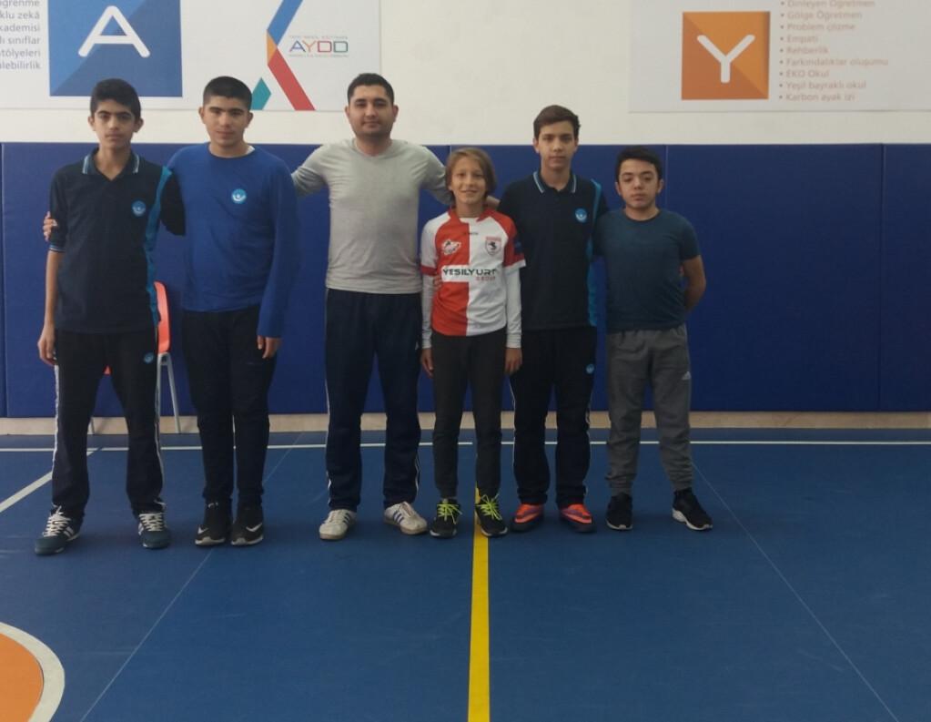 7. ve 8. Sınıf Futsal ( Salon Futbolu ) | İstanbul Pendik İlkokul...