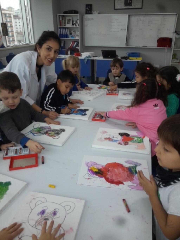 Anasınıfları İle Tuval Çalışması | İstanbul Pendik İlkokulu ve Or...