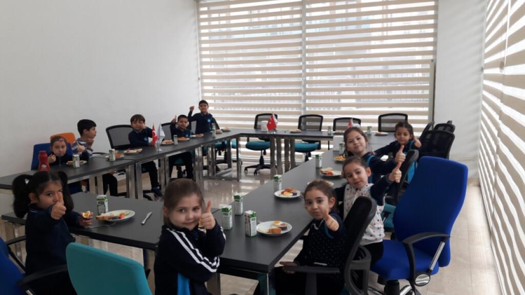 Mis Kokulu Tertemiz 1.sınıfları | İstanbul Pendik İlkokulu ve Ort...