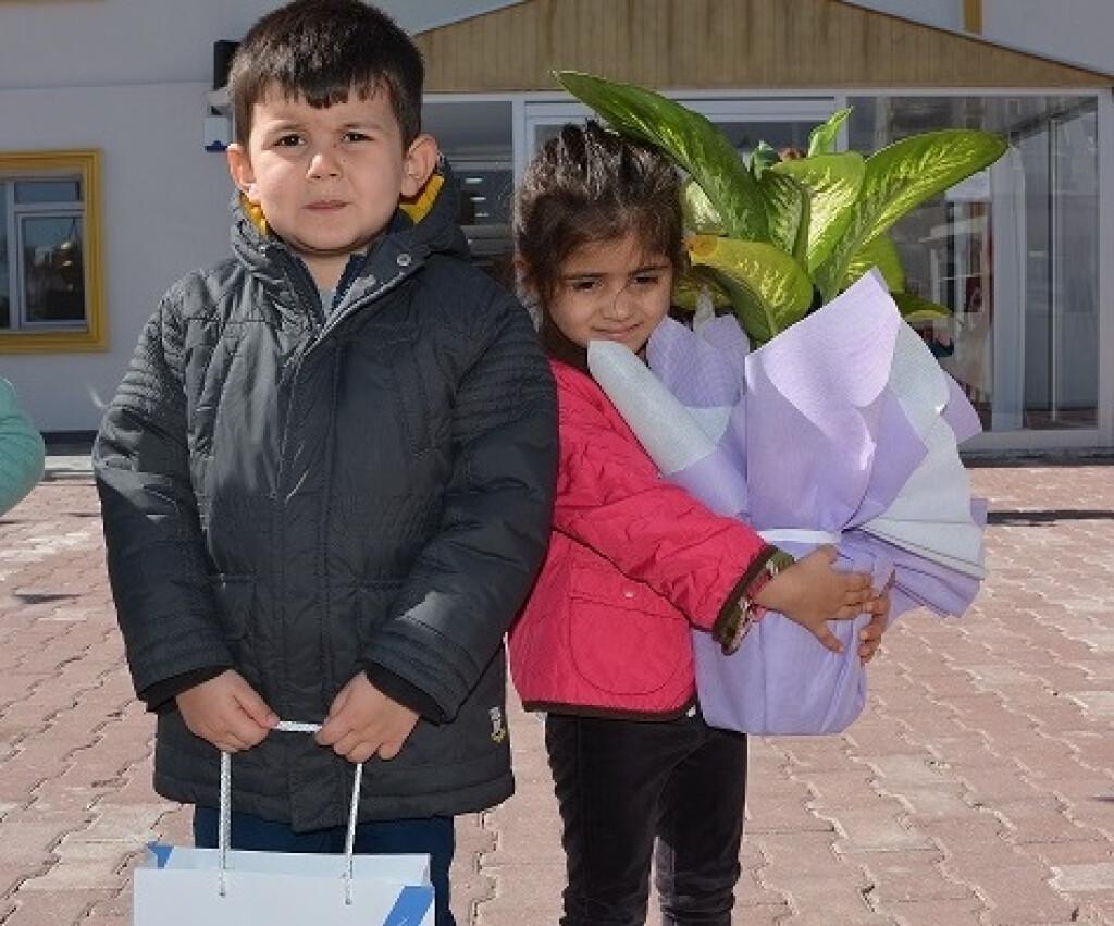 Yaşlılara Saygı Haftası...   Kayseri Konaklar İlkokulu ve Ortaoku...