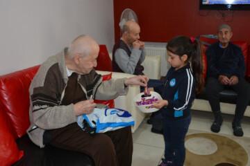 Yaşlılara Saygı Haftası...