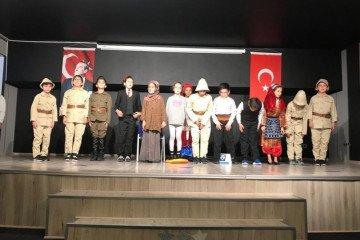29 Ekim Cumhuriyet Bayramı'nın 95. Yılı İyi Dersler Okullarında Büyük Bir Coşku İle Kutlandı