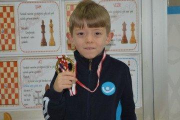 Kayseri Küçükler Satranç Turnuvası