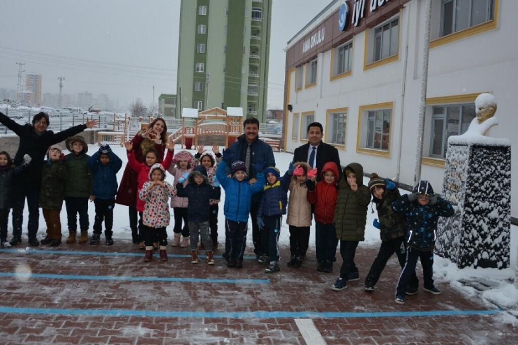 İlk Kar | Kayseri Konaklar İlkokulu ve Ortaokulu | Özel Okul