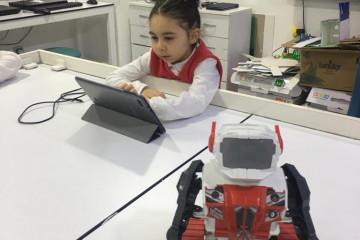 Anaokullarında Robotik | İyi Dersler | Özel Okul