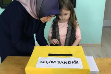 Oy Kullanıyoruz... | İstanbul Pendik İlkokulu ve Ortaokulu | Özel...
